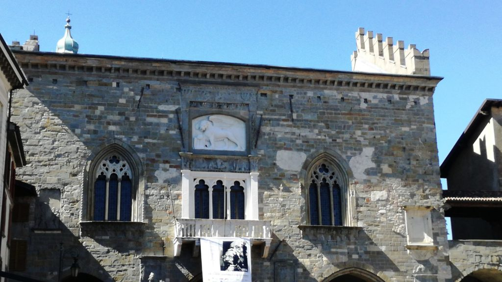 Bergamo Alta: il Palazzo della Ragione